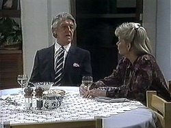 Clarrie McLachlan, Helen Daniels in Neighbours Episode 1251