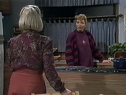 Helen Daniels, Beverly Robinson in Neighbours Episode 1252