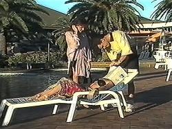 Christina Alessi, Caroline Alessi, Paul Robinson in Neighbours Episode 1252