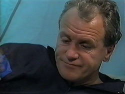 Jim Robinson in Neighbours Episode 1253