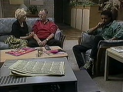Madge Bishop, Harold Bishop, Eddie Buckingham in Neighbours Episode 1254