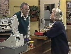 Harold Bishop, Helen Daniels in Neighbours Episode 1257