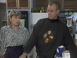 Beverly Marshall, Jim Robinson in Neighbours Episode 1258