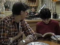 Joe Mangel, Toby Mangel, Kerry Bishop in Neighbours Episode 1259