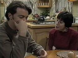 Matt Robinson, Kerry Bishop in Neighbours Episode 1259