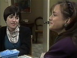 Kerry Bishop, Christina Alessi in Neighbours Episode 1259