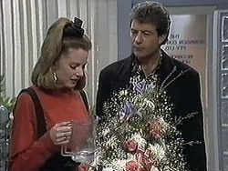 Melanie Pearson, Roger Walsh in Neighbours Episode 1260