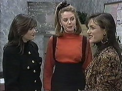 Caroline Alessi, Melanie Pearson, Christina Alessi in Neighbours Episode 1260