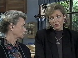 Helen Daniels, Beverly Marshall in Neighbours Episode 1260