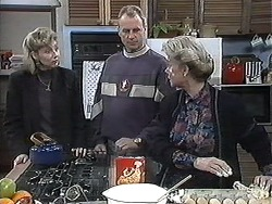 Beverly Marshall, Jim Robinson, Helen Daniels in Neighbours Episode 1261