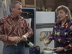 Jim Robinson, Beverly Marshall in Neighbours Episode 1261