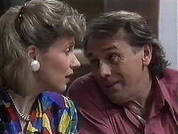 Beverly Marshall, Doug Willis in Neighbours Episode 1261