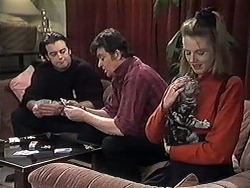 Matt Robinson, Des Clarke, Melanie Pearson in Neighbours Episode 1261