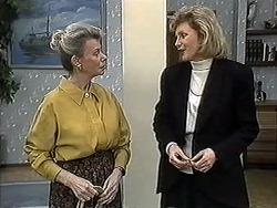 Helen Daniels, Beverly Marshall in Neighbours Episode 1262