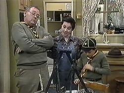 Harold Bishop, Kerry Bishop, Toby Mangel in Neighbours Episode 1263