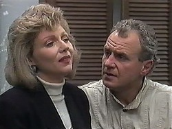 Beverly Marshall, Jim Robinson in Neighbours Episode 1263
