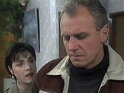 Kerry Bishop, Jim Robinson in Neighbours Episode 1263