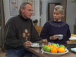 Jim Robinson, Helen Daniels in Neighbours Episode 1266
