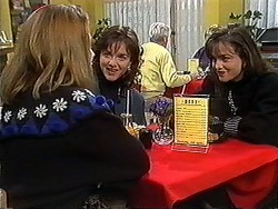 Melanie Pearson, Christina Alessi, Caroline Alessi in Neighbours Episode 1266