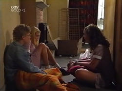 Patrick Greenwood, Amy Greenwood, Hannah Martin in Neighbours Episode 3131