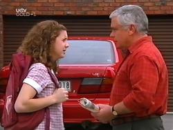 Hannah Martin, Lou Carpenter in Neighbours Episode 3131