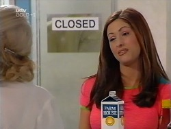 Madge Bishop, Sarah Beaumont in Neighbours Episode 3133