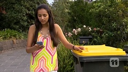 Rani Kapoor in Neighbours Episode 6677