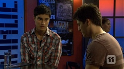 Hudson Walsh, Chris Pappas in Neighbours Episode 6681