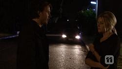 Robbo Slade, Amber Turner in Neighbours Episode 6688