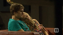 Kyle Canning, Georgia Brooks in Neighbours Episode 6689
