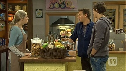 Amber Turner, Lucas Fitzgerald, Mason Turner in Neighbours Episode 6694