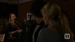 Sonya Mitchell, Robbo Slade, Amber Turner in Neighbours Episode 6695