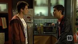Chris Pappas, Hudson Walsh in Neighbours Episode 6698