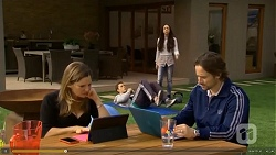 Terese Willis, Josh Willis, Imogen Willis, Brad Willis in Neighbours Episode 6699