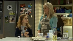 Holly Hoyland, Lauren Turner in Neighbours Episode 6699