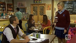 Toadie Rebecchi, Amber Turner in Neighbours Episode 6700