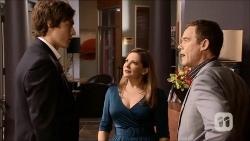 Mason Turner, Terese Willis, Paul Robinson in Neighbours Episode 6702