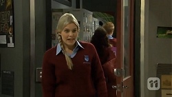 Amber Turner in Neighbours Episode 6704