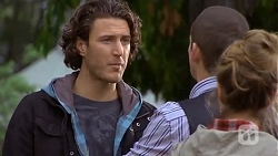 Robbo Slade, Toadie Rebecchi, Sonya Rebecchi in Neighbours Episode 6705