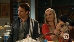 Lucas Fitzgerald, Lauren Turner, Patrick Fitzgerald in Neighbours Episode 6706
