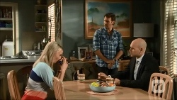 Lauren Turner, Lucas Fitzgerald, Gary Denham in Neighbours Episode 6706