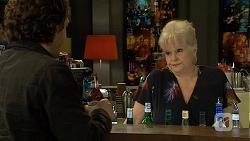 Robbo Slade, Sheila Canning in Neighbours Episode 6707