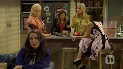 Kate Ramsay, Sheila Canning, Terese Willis, Lauren Turner, Vanessa Villante in Neighbours Episode 6709