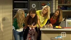 Georgia Brooks, Vanessa Villante, Lauren Turner, Terese Willis in Neighbours Episode 6709