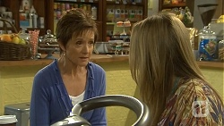 Susan Kennedy, Sonya Mitchell in Neighbours Episode 6713