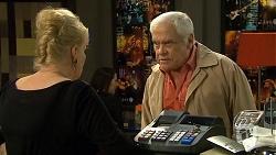 Sheila Canning, Lou Carpenter in Neighbours Episode 6715