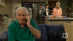 Lou Carpenter, Bailey Turner, Lauren Turner in Neighbours Episode 6717