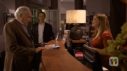 Jack Lassiter, Paul Robinson, Terese Willis in Neighbours Episode 6718