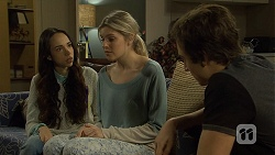 Imogen Willis, Amber Turner, Mason Turner in Neighbours Episode 6718