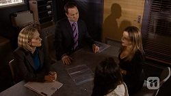 Ellen Crabb, Det. David Oakley, Imogen Willis, Terese Willis in Neighbours Episode 6718